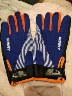 🚚 運動型手套