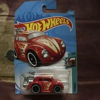 Hotwheels volkswagen beetle tooned
