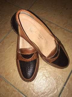 Brown leather cover shoes