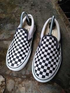 Vans checkerboard kawe size 41 kondisi seperti baru