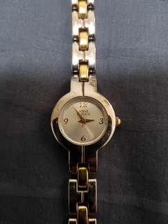 Anne Klein watch for ladies with stainless steel bracelet very nice