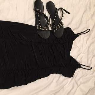 brand new black ruched dress, body con and super flattering! M-L