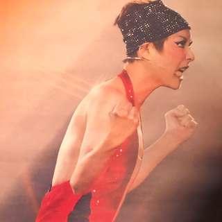 🏅🎹Sammi Cheng 鄭秀文 LOVE MI 世界巡迴演唱會香港站海報