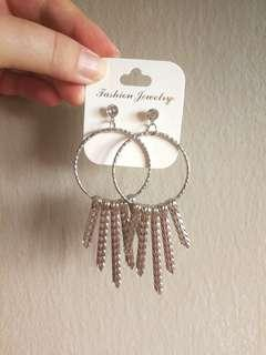 (FREE DELIVERY) Kate earrings