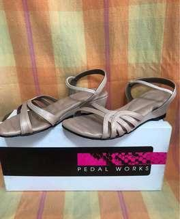 Pedal Works Ladies Low Heels Shoes (Pink) Size 3