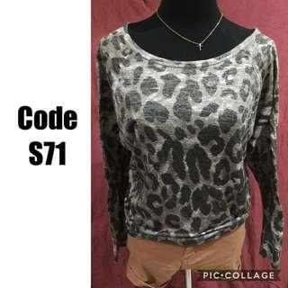 Knittted sweater S71