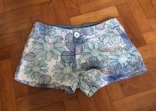 🚚 Floral Print Cotton On Shorts