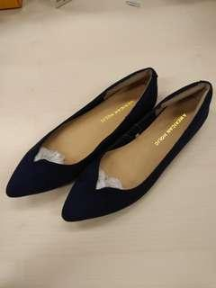 American Holic Navy Blue Suede Flats