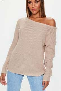 🆕Missguided beige off shoulder knitted jumper S/M