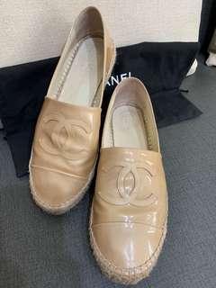 Chanel 鉛筆鞋 裸色漆皮款