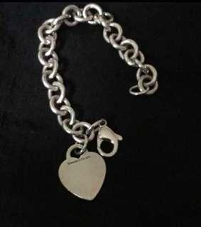 Authentic Tiffany blank heart bracelet (price nego)