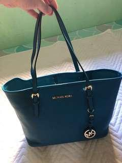 Pre loved Michael kors handbag