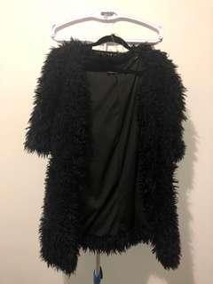 Furry black jacket !
