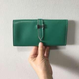 (Sales) Ladies Green Coloured Folded Long Wallet