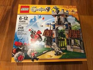 Lego castles 70402 The Gatehouse Raid BNIB