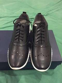Authentic Cole Haan grand oxfords