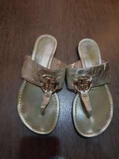 preloved authentic tommy hilfiger slipper