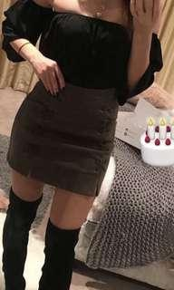 Suede olive skirt