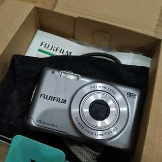 Fujifilm Finepix JX500 (battery bust)