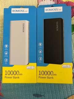 [REDUCED‼️]Powerbank Romozz Solit 5 10,000mAh