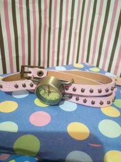 Jam tangan lilit pink