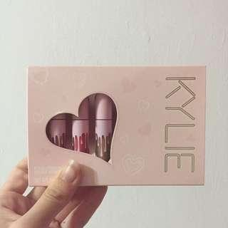 BNIB Authentic Kylie Cosmetic Mini Velvet Lipstick Set