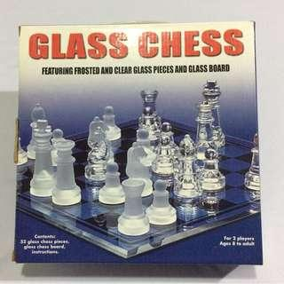 Compact Glass Chess