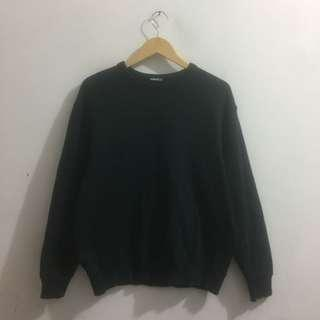 Unqlo sweater
