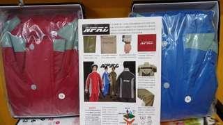 🚚 NPRL  高透氣性2件式風雨衣