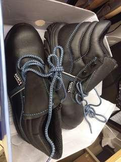 100%全新美國名牌工程安全鞋