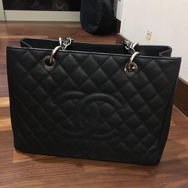 9eb9e2f44fd2bc ☃ 🎄🎅🏻❄ SALE!! CHANEL GST Caviar Leather, Women's Fashion ...