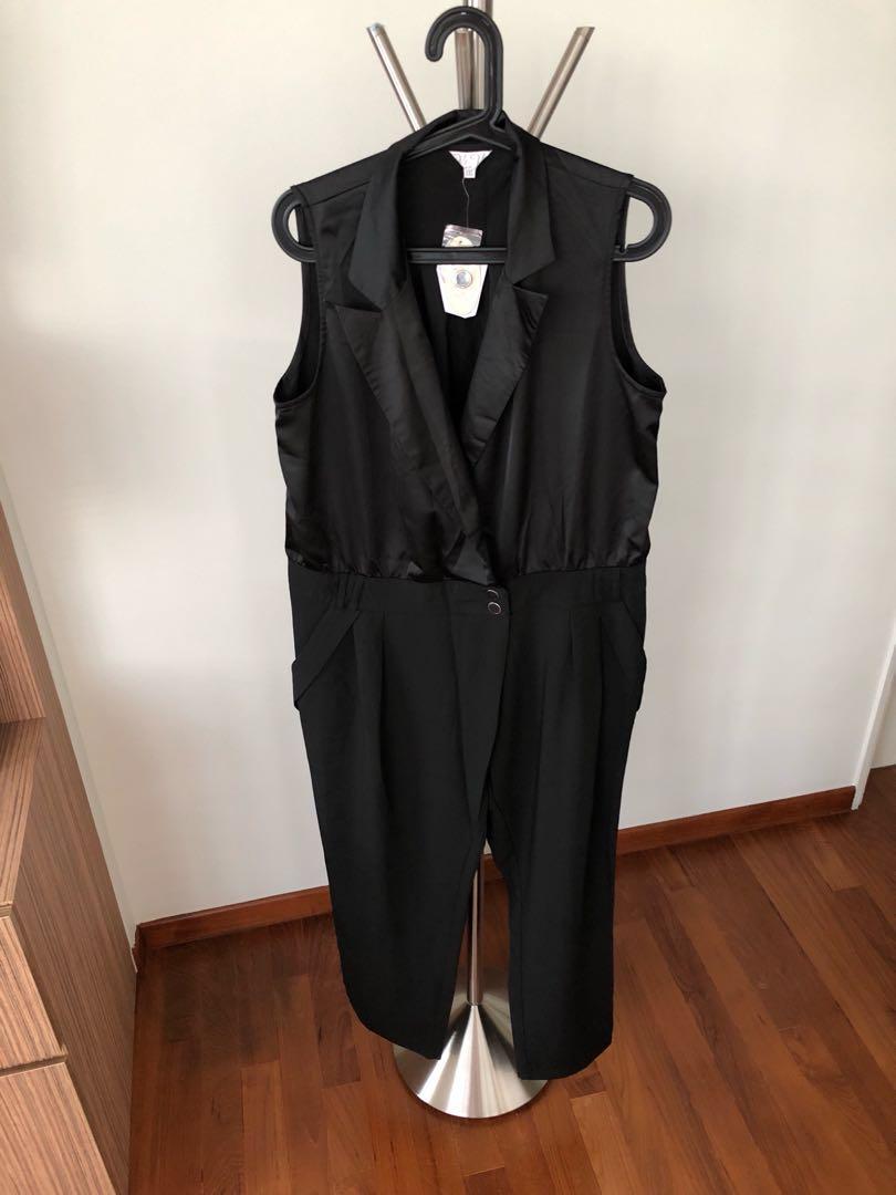 98799b6c2ae Black Jumpsuit (size XXL)