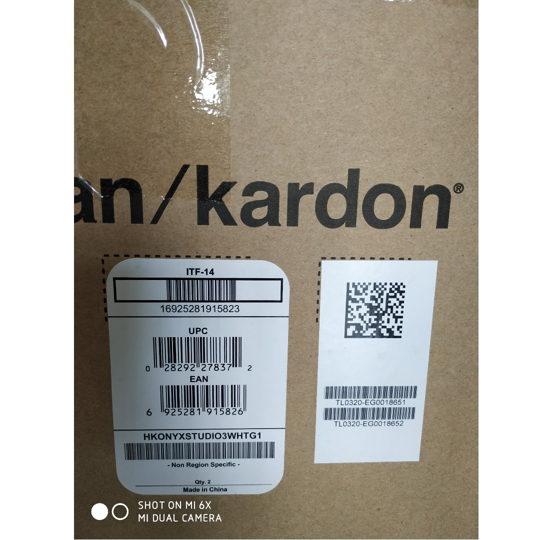 BNIB Harman Kardon Onyx Studio 3 @ cheap