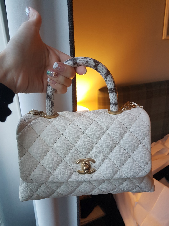b0f3efd5dd9a Chanel coco handle mini offwhite caviar brushed GHW snakeskin handle ...