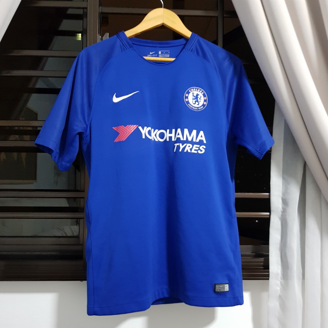 low priced 1ecd9 bcffc Chelsea FC Jersey
