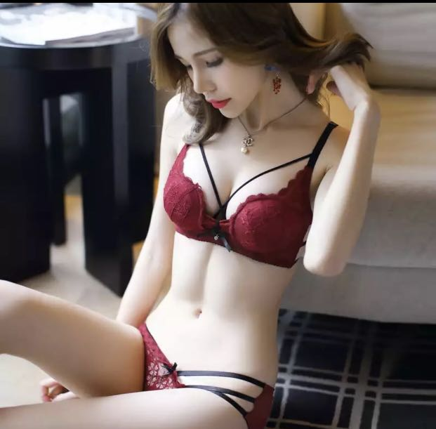 7b22c65d5d JYF Hot sale sexy hollow women underwear sets embroidery Deep V lace ...
