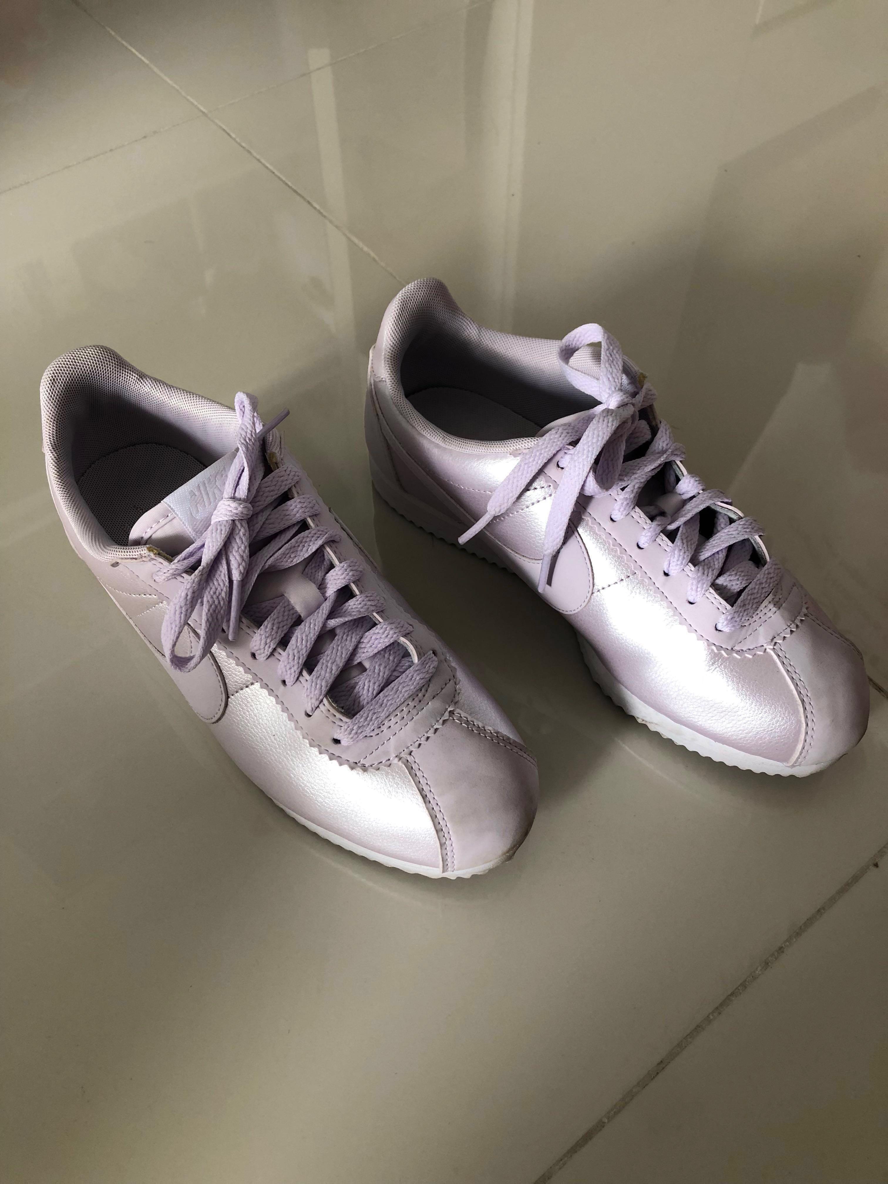 095d9d69f71e67 Nike Women s Classic Cortez Leather