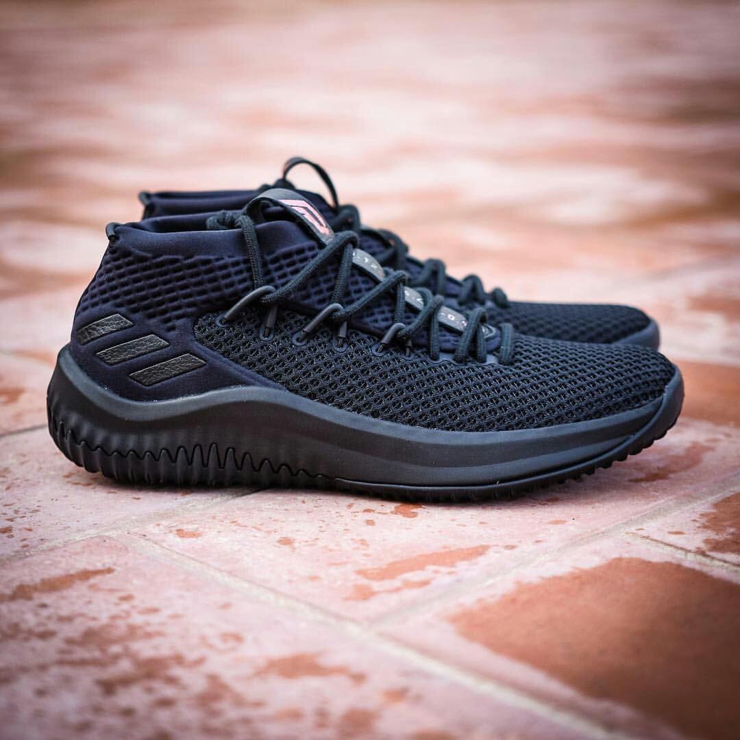 new style 3d2fc dd6bd STEAL!!!(Price Lowered)Dame 4 Damien Lillard Adidas Basketba