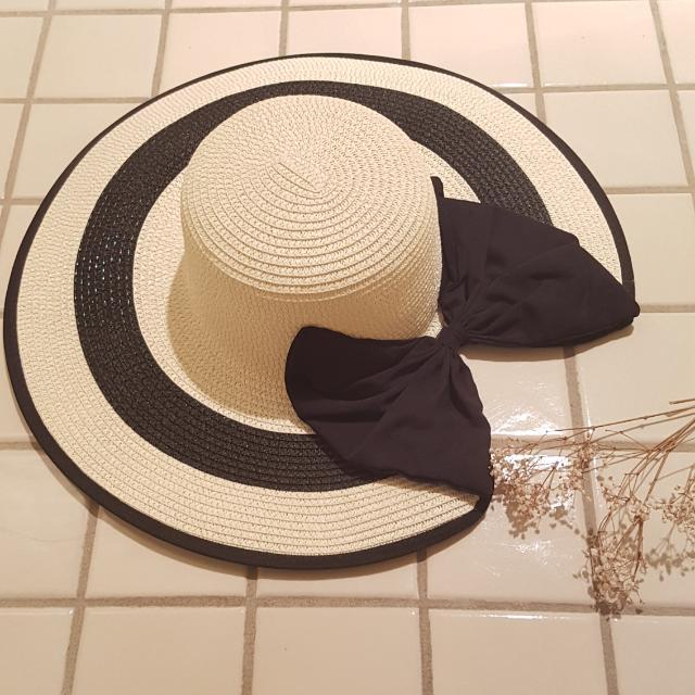Wide Brim Beach Hat