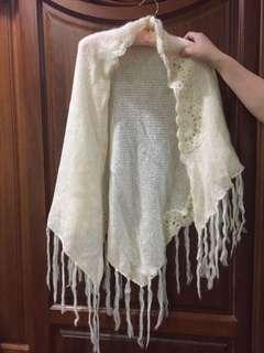 🚚 米白色披巾
