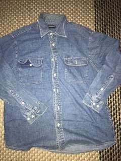 UNIQLO jeans denim shirt kemeja lengan panjang l