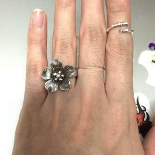🚚 925 純銀 超級可愛復古的 立體櫻花🌸戒指💍