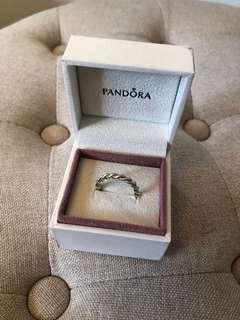 Pandora ring size 7