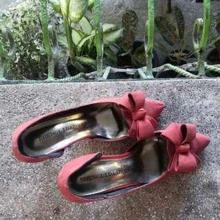 Elegant suede stiletto size 7