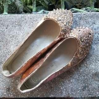 Rose Gold flats (Size6)