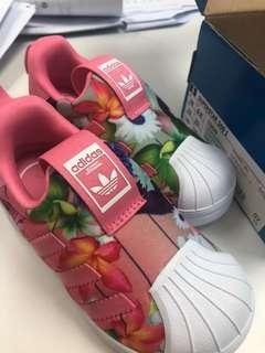 澳洲購買Adidas小童鞋23.5碼