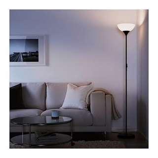🚚 IKEA 上照立燈 檯燈 裝飾 桌燈 地燈