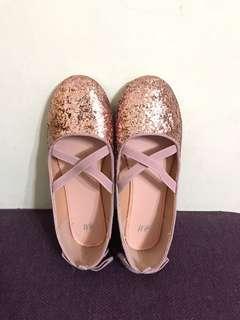 🚚 H&M女童鞋 娃娃鞋 粉紅色亮片芭蕾舞鞋