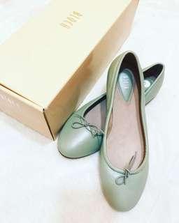 NEW Bloch Mint Green Leather Ballet Flats