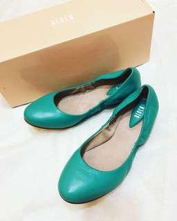 NEW Bloch Teal Leather Fold-Up Flats